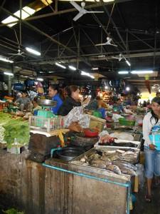 DSCN2021_marknaden